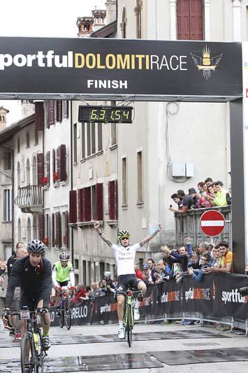 Arrivo Sportful Dolomiti Race uomini