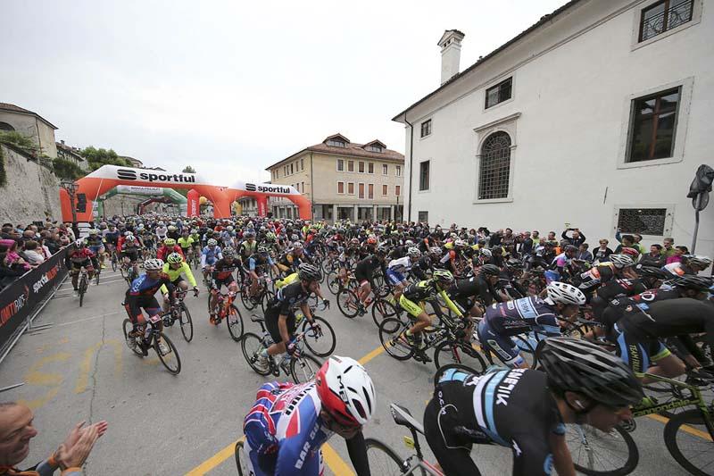 Partenza Sportful Dolomiti Race 10