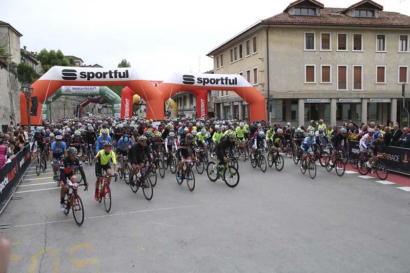 Partenza Sportful Dolomiti Race 6
