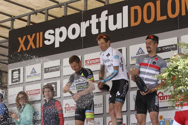 Podio donne Sportful Dolomiti Race 3