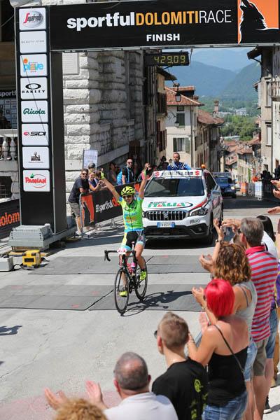 17\06\2018 - Sportful Granfondo - 1a classificata femminile percorso lungo- Simona Parente