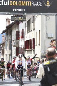 Arrivo Sportful Dolomiti Race donne